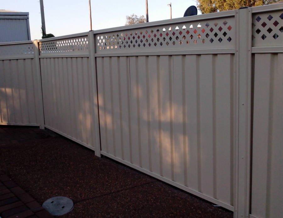 Index likewise Gallery furthermore 305843 as well Watch moreover Euro Fence. on fence show